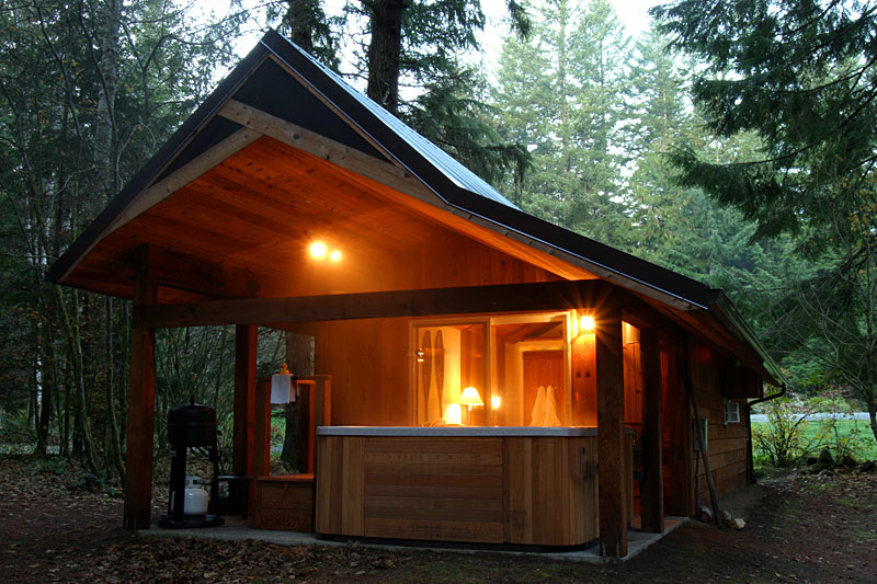 Mt rainier national park lodging romantic rainier cabin for Washington state cabins for rent